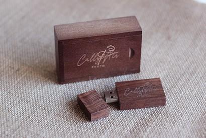 Pack USB en bois avec boite