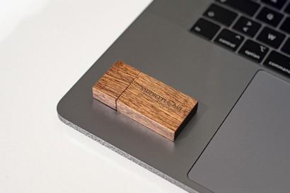 Clés-USB-en-bois